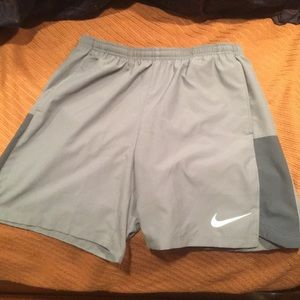 Nike Medium Shorts - 7 in inseam